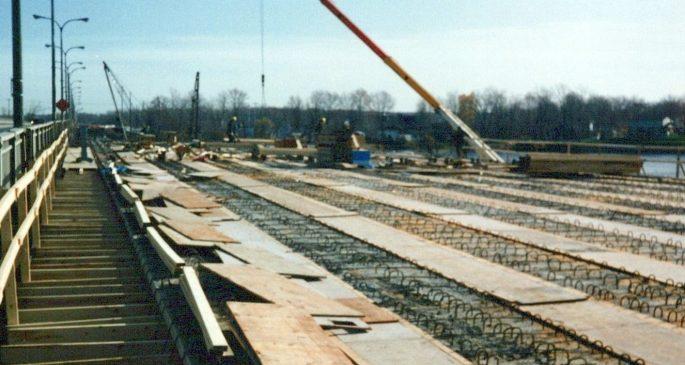 1991_Pont_Taschereau_-_Rivière_des_Outaouais_0005_a-min
